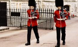 Soldat in numele reginei4 263x160 Dor de Anglia