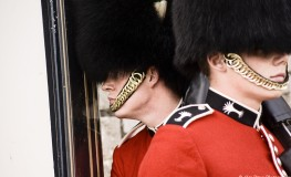 Soldat in numele reginei6 263x160 Dor de Anglia